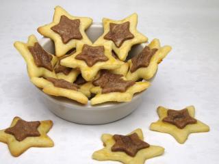 Two - colour shortbread stars
