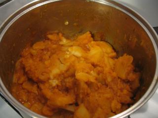Braised paprika potatoes
