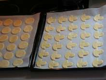 Cut the cookies