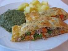 Meat-Vegetable Roll in Puff Pastry