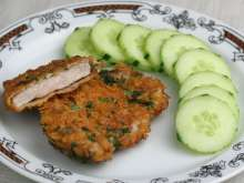 Chicken breast in corn flakes and basil