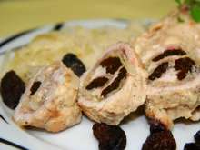 Chicken Rolls with Cabbage and Plums