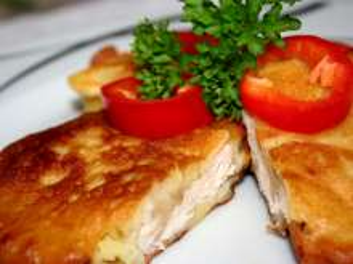 Chicken schnitzel in potato batter