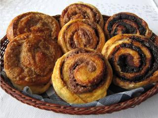 Wasps´ nets/Cinnamon rolls