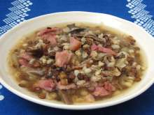 Lentil soup with sauerkraut