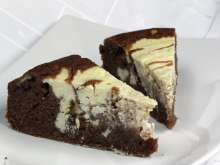 Cream cheese cocoa cake