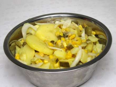Potato salad with sweet corn without mayonnaise