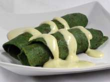 Spinach Pancakes with Cheese Sauce