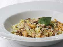 Pasta with chanterelle mushrooms and salmon