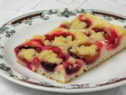 Plum crumble cake