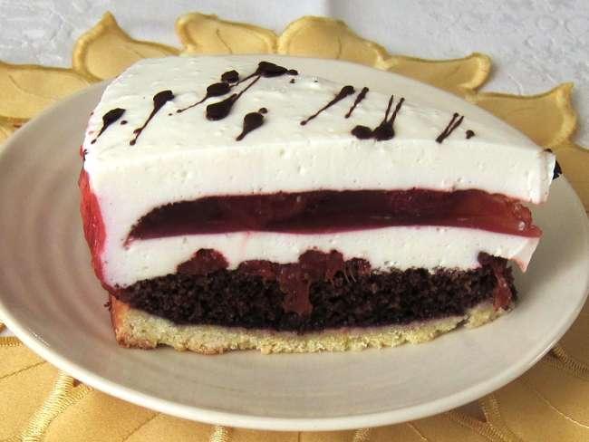 Red Jelly Cake Recipe: Cream Cheese Torte With Strawberry Jelly • Recipe
