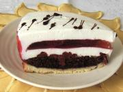 Cream cheese torte with strawberry jelly