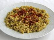 Stewed pepper with egg