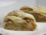 Pear strudel with puff pastry