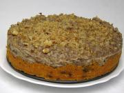 Unbaked carrot cake with banana cream