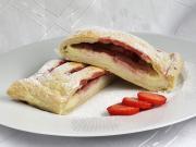 Mascarpone with strawberries
