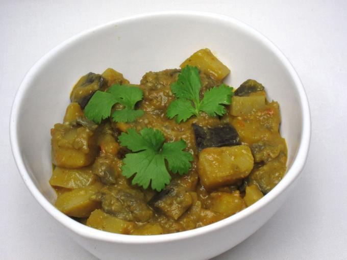 Potato-eggplant masala