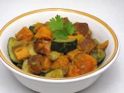 Sweet potatoes with zucchini and indian spices