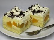 Creamy peach dessert