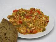 Lecho with eggs