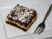 Grated cream curd cake with apples